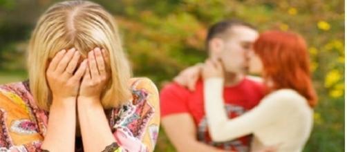 Infelizmente, algumas mulheres acabam saindo magoadas quando descobrem que o homem não a ama tanto quanto ela