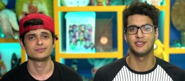 Os youtubers Daniel Molo e Lukas Marques fizeram um vídeo elogiando as reformas do ensino médio a pedido do governo.
