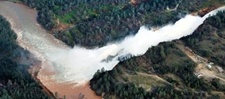 California dam managers dismissed flood concern 12 years ago | WRGB - cbs6albany.com