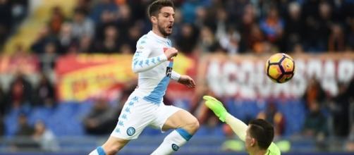 lo scavetto di Mertens al primo gol del Napoli