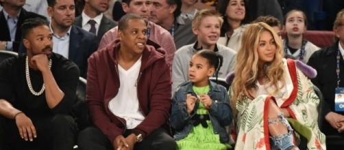 Please enjoy these photos of Beyoncé, Jay Z and Blue Ivy at the ... - mashable.com