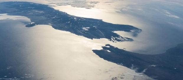 """Cercetătorii au descoperit un nou continent- """"Zealandia"""""""