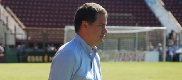 Júlio Sérgio deixou o comando do Sertãozinho