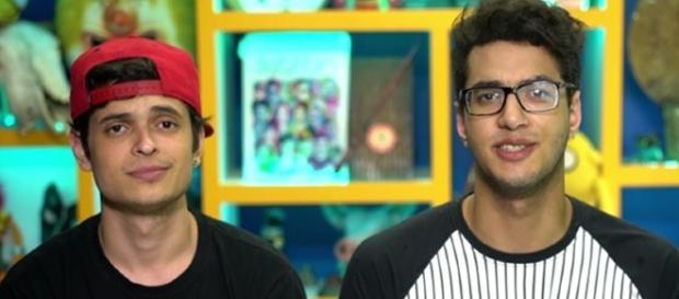 Lukas Marques e Daniel Molo receberam R$ 65 mil do governo para fazer vídeo; internautas estão revoltados (Foto: YouTube/Reprodução )