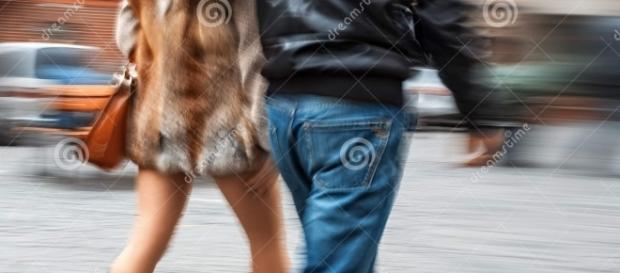 Men approaching women in the street - its this acceptable?