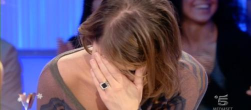 Alessandra Amoroso in lacrime in tv