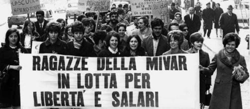 Lavorare a Milano negli anni del boom: la signorina Kores e le altre - secondowelfare.it