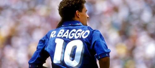 Roberto Baggio compie oggi 50 anni. Tanti auguri, Divin Codino!