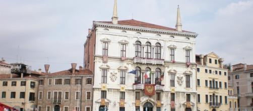 Veneto, dirigenti regionali senza laurea