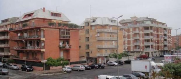 A Nuova Ostia 1200 famiglie rischiano di essere sgomberate per un contenzioso tra Comune di Roma e costruttori.