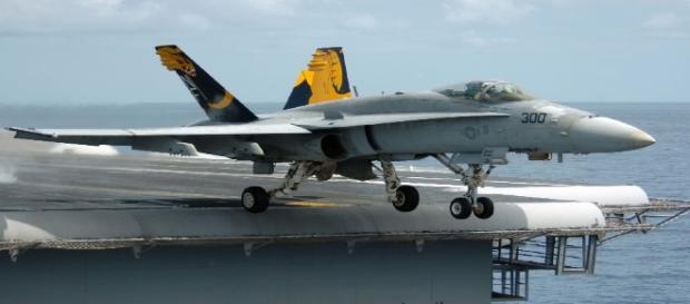 Boeing F/A-18 Super Hornet avion de chasse