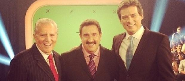 Celso Portiolli foi visto nos Estúdios da Globo. Na fato com Carlos Alberto de Nóbrega, Ratinho (esq. para dir,)