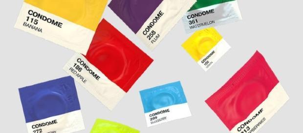 Il servizio fornito dall'app abbatte la vergogna: i preservativi scelti sono consegnati a casa propria in forma anonima. Foto: sexappealstore.it