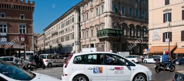 taxi di roma in sciopero da tre giorni