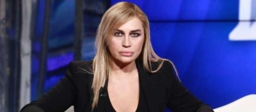 Lory Del Santo contro Sardi per figlio | Velvet Gossip Italia - velvetgossip.it