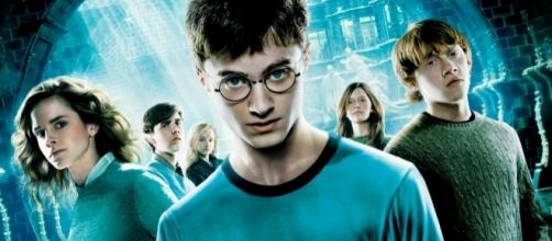 Poster do filme ''Harry Potter e a Ordem da Fênix''. Seria Harry imortal, de acordo com a profecia?