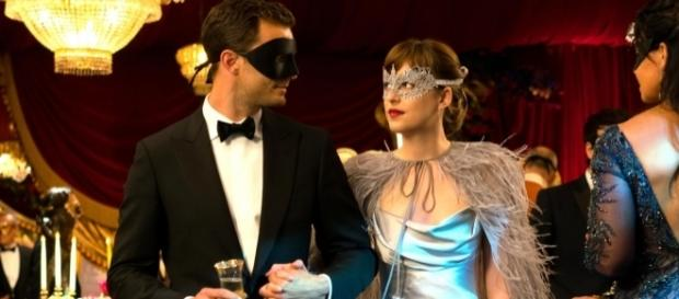 Christian Grey (Jamie Dornan) e Anastasia Steele (Dakota Johnson)