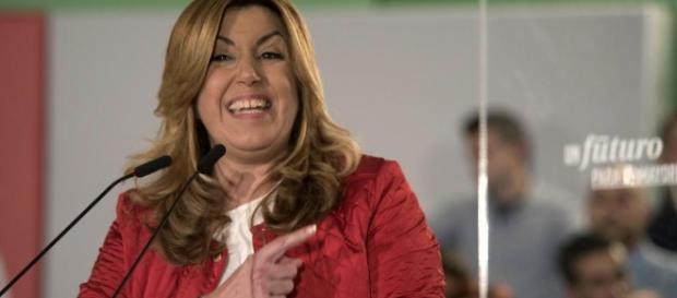 Susana Díaz censura que Podemos proponga un referéndum en ... - lavanguardia.com