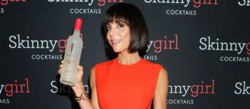 Bethenny Frankel Debuts Blunt Bob, Bangs at Skinnygirl Launch ... - usmagazine.com