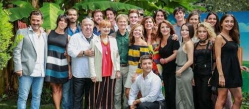 Gran parte del cast di Un Medico in Famiglia 10