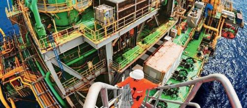 Petrobras anuncia a chegada de 15 plataformas de petróleo no Brasil