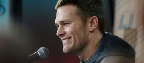Tom Brady Dodges Donald Trump, Destroys Radio Trolls at Super Bowl ... - papercitymag.com