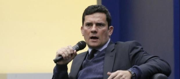 Sergio Moro elogia ministro Edson Fachin