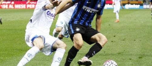 Inter, occhio al Liverpool: nel mirino un attaccante esterno