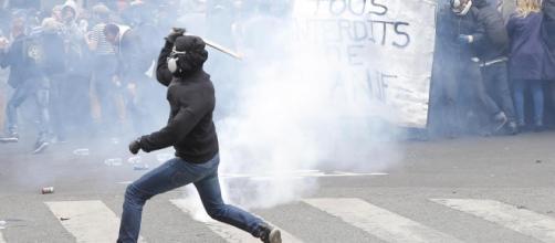 Milano: manifestazioni e scioperi da parte dei tassisti contro Uber.