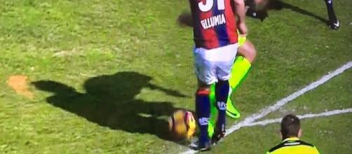 Ormai è un classico: la foto virale dopo un episodio arbitrale - E' stato così anche per Bologna-Inter