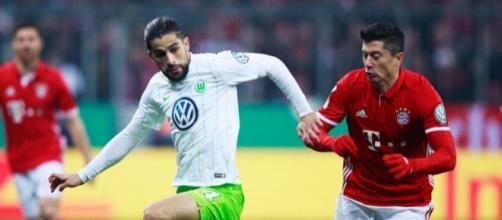 R.Rodriguez vs Lewansdowsky Bayern