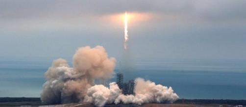 SpaceX launches supplies to space station from historic launchpad ... - scmp.com