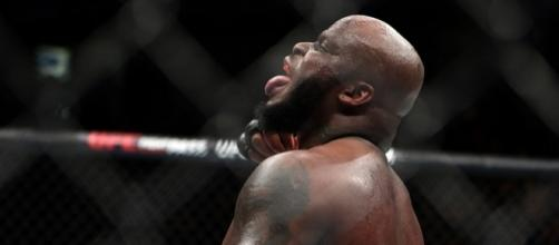What does the UFC do with Derrick Lewis now? | photo credit - mmajunkie.com