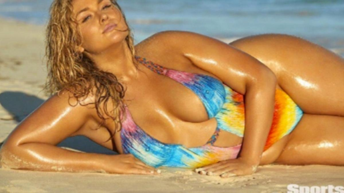 Hunter Mcgrady Is Curviest Model To Pose For Sports Illustrated