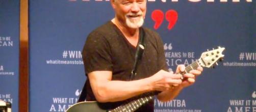 Listen to Eddie Van Halen's Smithsonian Talk - ultimateclassicrock.com