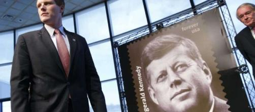 New John F. Kennedy stamp - Photo: Blasting News Library - sfgate.com