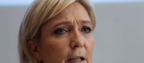 Photo Gallery :: Le Pen refuses headscarf, nixes talks with ... - sltrib.com