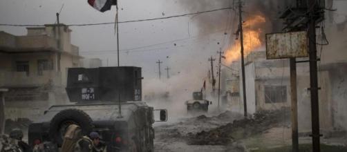 Una fase della battaglia nell'offensiva su Mosul ovest