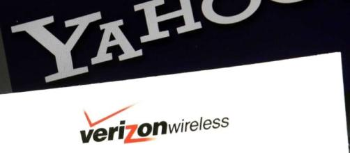 Yahoo salvages Verizon deal with $350 million discount - Huron ... - michigansthumb.com