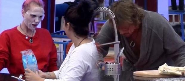 La desagradable broma de Elettra y Daniela con la que esperaban que Alejandro vomitara