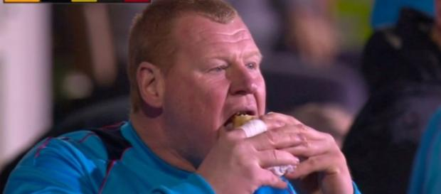 Sutton's reserve goalkeeper caught eating pie