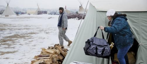 Dakota Access Pipeline protesters dig in for a bitter-cold winter - newsok.com