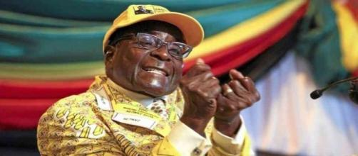 http://politicoscope.com/wp-content/uploads/2016/12/Robert-Mugabe-Zimbabwe-Politics-News.jpg
