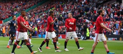 Manchester United evacuation blamed on training device - CNN.com - cnn.com