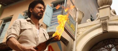 Shah Rukh Khan from 'Raees' (Image credits: boxofficecollection.in)