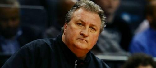 West Virginia coach Bob Huggins feels faint at Texas game