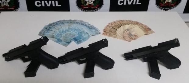 Armas apreendidas pela Polícia Civil/SC