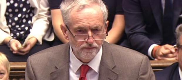 PMQs recap: Watch Jeremy Corbyn and David Cameron clash over ... - mirror.co.uk