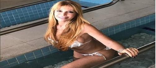 Atriz argentina impressiona aos 64 anos
