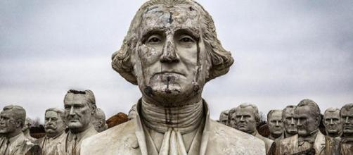 Cuarenta y tres bustos de presidentes norteamericanos